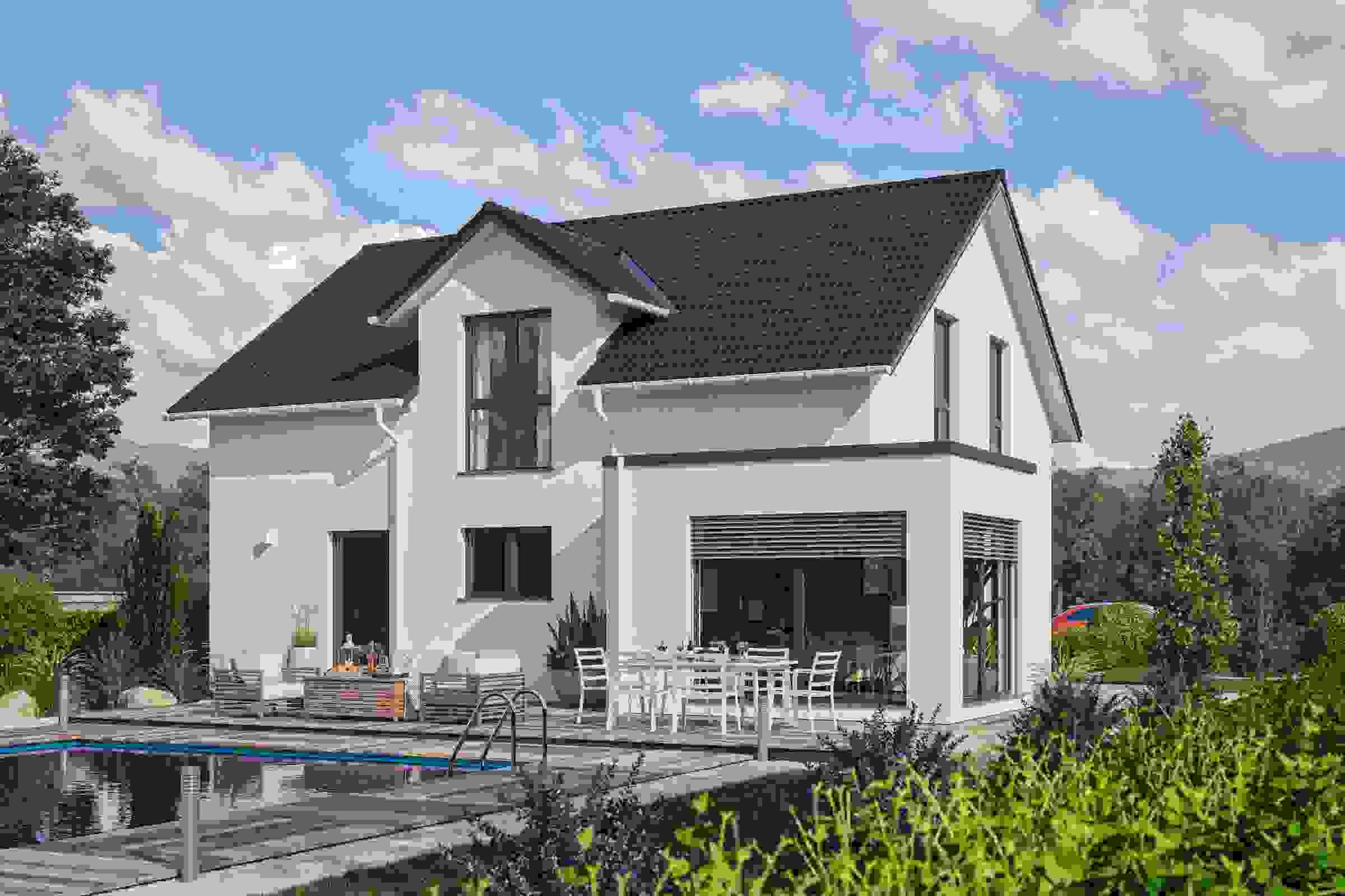 CLOU 145 Außenansicht Terrasse